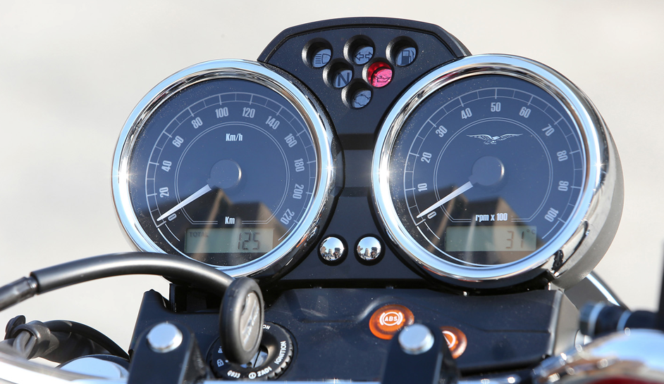 Moto guzzi Antwerpen vespashop V7 III SPECIAL f11